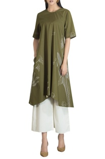 High-low poplin leaf printed kurta