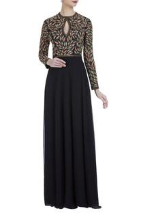 Leaf motif embroidered dress