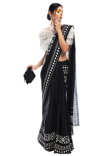 Printed sari with net cape & bustier