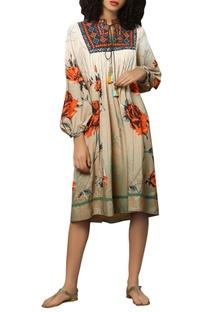 Bohemian thread embroidered midi dress
