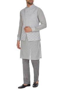 Linen bandi jacket with asymmetric print