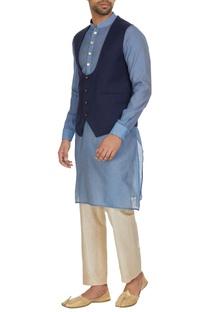 Deep neck  waistcoat