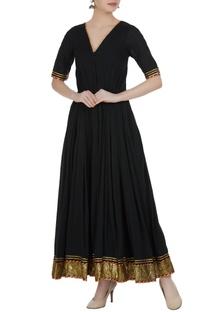 Flared pleated maxi dress.