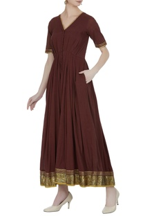 Pleated maxi dress with embroidered border