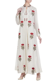 Floral thread embroidered anarkali with cape