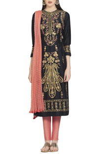 Gota & thread embroidered pink & black kurta set