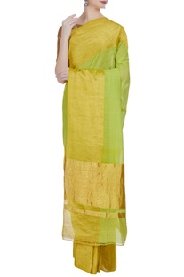 Handloom sari in wide gold border with unstitched blouse