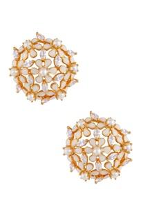 Long dazzling earrings