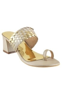 Metallic kolhapuri heels sandals