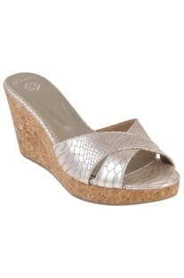 Criss-over metallic strap wedges