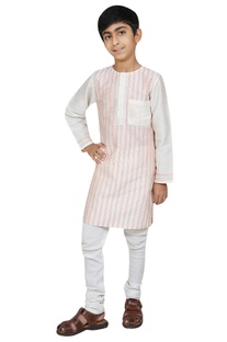 Stripe detail kurta with churidar