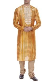 Dyed kurta with churidar