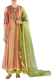 Embellished kurta with straight pants and dupatta