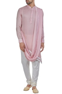 Asymmetric hemline kurta with drape