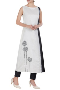 Chanderi floral embroidered long kurta