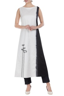 Chanderi embroidered dip-dyed long kurta