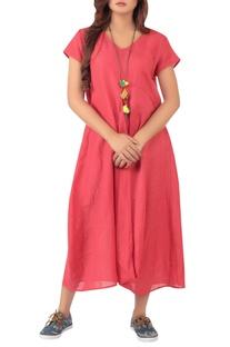 Asymmetric hemline dress