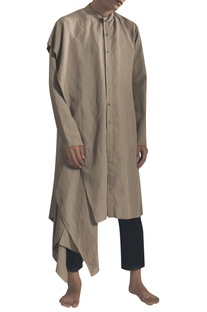 Side flared kurta with asymmetric hemline