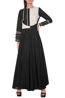 Flared maxi dress with jamdani bodice