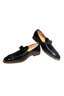 Pure leather handcrafted shoes