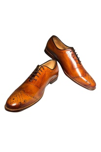 Handcrafted pure leather brogues