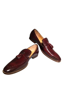Pure leather handcrafted brogue loafers