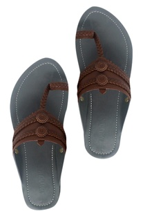 Handcrafted pure leather kolhapuri sandals