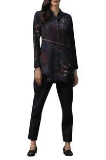 Net impression print layered shirt
