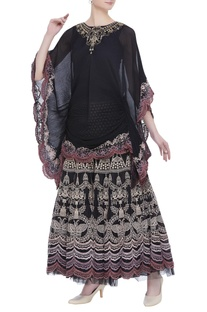 Embroidered blouse with flared skirt