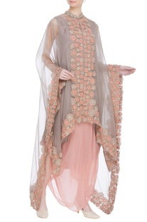 Embroidered cape with inner