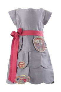 Tiered dress with waistbelt