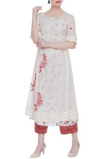 Hand embroidered kurta with slip & culottes