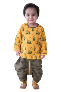 Giraffe safari printed kurta with dhoti pants