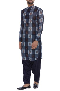 Checks & floral printed chanderi kurta