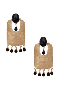 Drop earrings with black stones