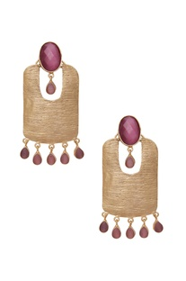 Drop earrings with stones