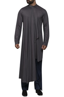 Straight kurta with drape front
