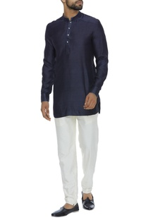 Criss cross embroidered short kurta