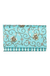 Floral handwork pearl & zardozi clutch with chain