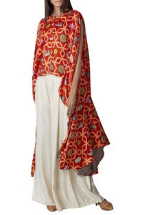 Printed high low kurta with pleated pants