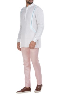 Linen short kurta with piping detail