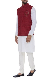 Organic silk nehru jacket with chain brooch