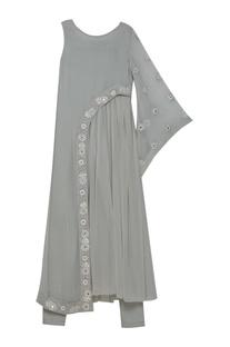 One shoulder sleeve embroidered kurta set