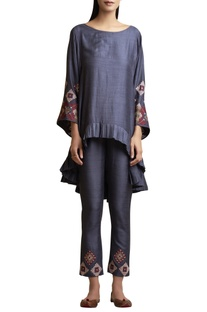 Asymmetric tunic and pants
