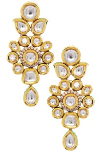 Floral shape kundan earrings