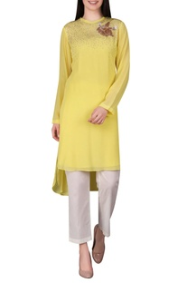 Embroidered asymmetric kurta