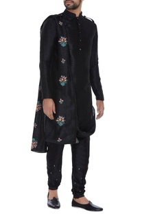 Kurta with attached embroidered dupatta