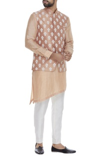 Embroidered bundi jacket