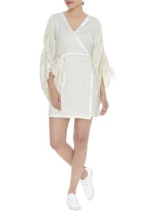 Wrap dress with velvet border