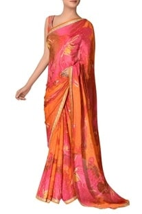 Floral printed sari with unstitched blouse fabric